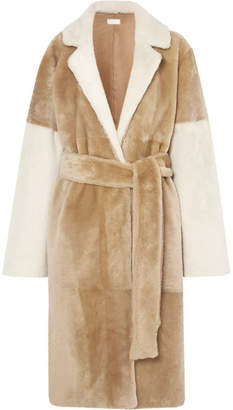 Utzon Reversible Paneled Shearling Coat - Beige