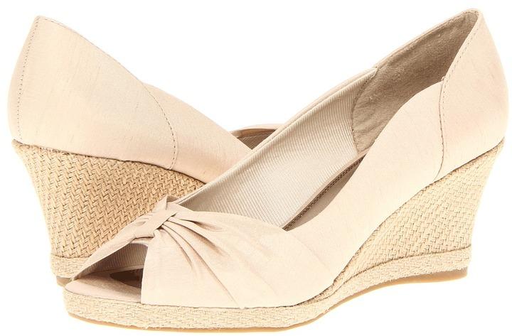 LifeStride Rhonda (Beige) - Footwear