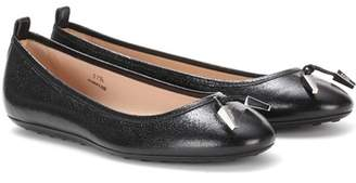 Tod's Laccetto leather ballerinas