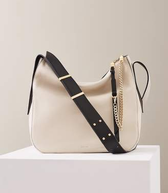 Reiss Willow - Leather Relaxed Shoulder Bag in Off White