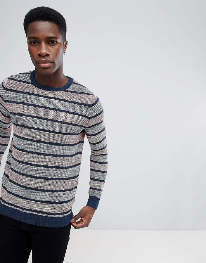 – Gestreiftes Sweatshirt mit Rundhalsausschnitt