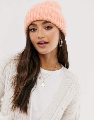 Asos Design DESIGN fluffy brushed knitted beanie