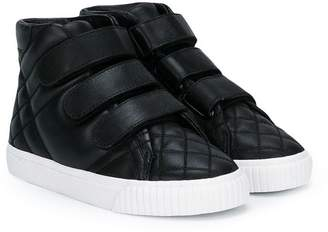Burberry (バーバリー) - Burberry Kids quilted touch strap sneaker