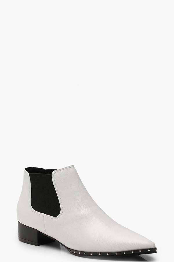 boohoo Stud Detail Pointed Chelsea Boots