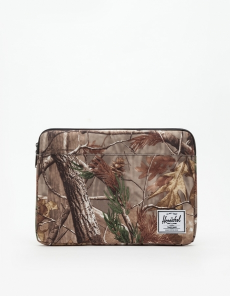 Herschel Real Tree Anchor Sleeve