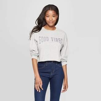 7d58b54e0df91 Grayson Threads Women's Long Sleeve Scoop Neck Good Vibes Cropped T-Shirt  Juniors')