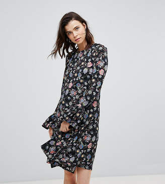 Glamorous Tall Shift Dress With Flare Cuffs In Antique Floral