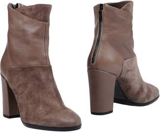 Janet & Janet Ankle boots - Item 11281169XV