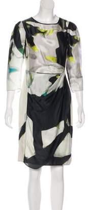 Armani Collezioni Silk Knee-Length Dress green Silk Knee-Length Dress