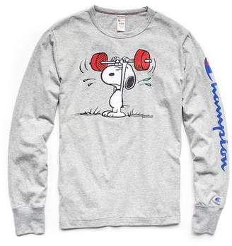 Todd Snyder Peanuts x Champion by Champion X Peanuts Long Sleeve Snoopy Weightlifting T-Shirt in Light Grey Mix