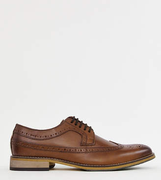 Asos Design DESIGN Wide Fit brogue shoes in polished tan leather