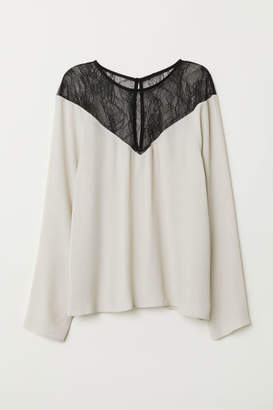 H&M Top with Lace Yoke - Beige