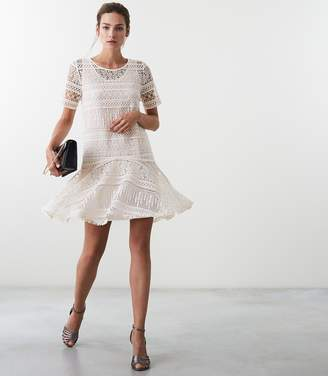 Reiss LINDA LACE SHIFT DRESS Off White