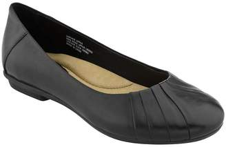 Earth Women's Bellwether Black Print Suede flats 7.5 M