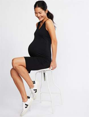 A Pea in the Pod Side Ruched Super Soft Bodycon Maternity Dress