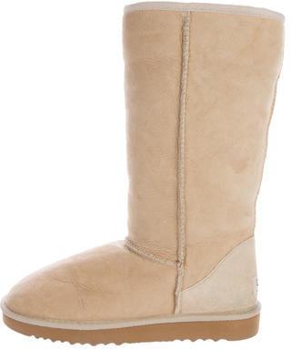 UGGUGG Australia Suede Round-Toe Boots