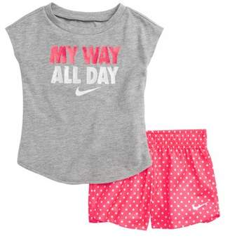 Nike My Way All Day Graphic Tee & Shorts Set