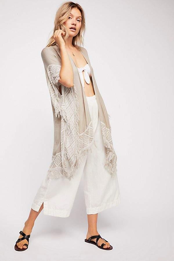 Do Everything In Love Shoreline Woven Kimono