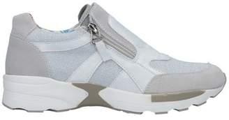 Mng Low-tops & sneakers