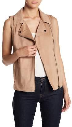 BB Dakota Velvet Style Vest
