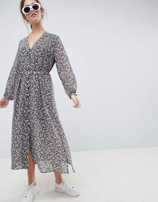 Minimum Moves By button through midi tea dress