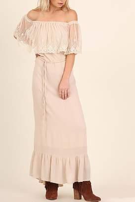 Entro Lace Maxi Dress