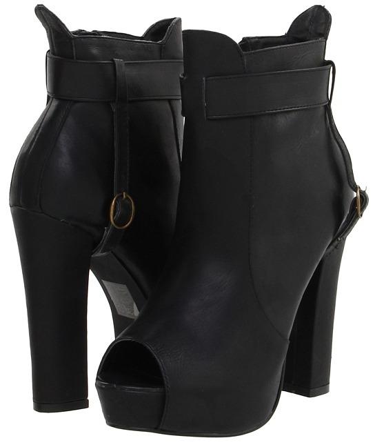 Black Rooster - Drasan (Black) - Footwear