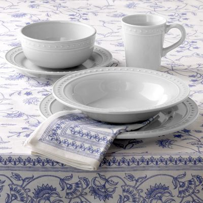 Nantucket Dinnerware Set of 4