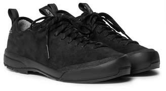 Arc'teryx Acrux SL Suede Hiking Sneakers - Men - Black