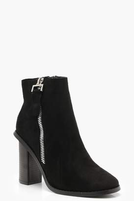 boohoo Zip Side Block Heel Boots