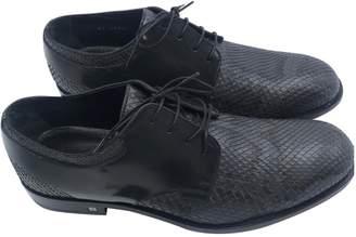Louis Vuitton Anthracite Python Lace ups