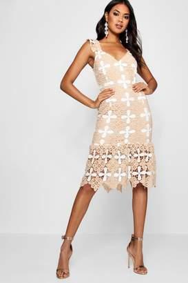 boohoo Boutique Crochet Frill Hem Midi Dress