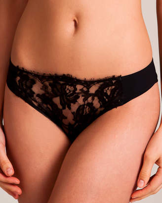 La Perla Lace Story Brief