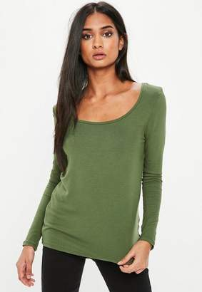 Missguided Khaki Long Sleeve Loose Fit Scoop Neck T Shirt, beige