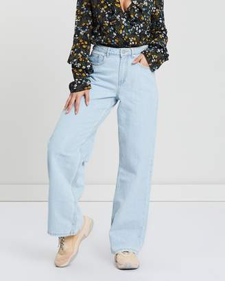 Missguided High Rise Full Length Wide Leg Jeans