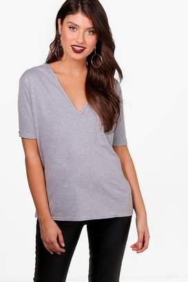 boohoo Basic Oversized V Neck T-Shirt