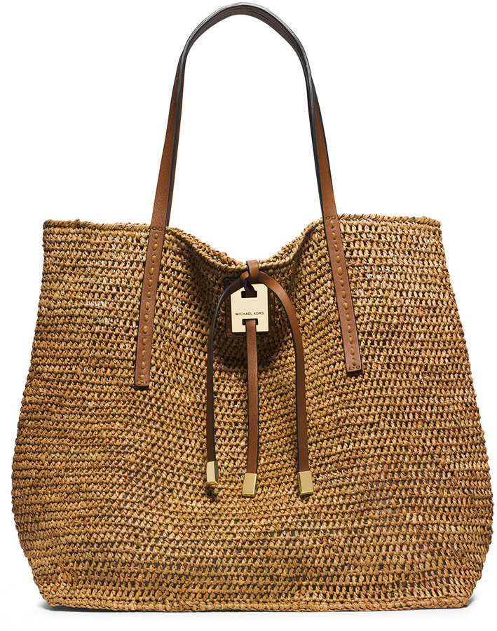 70+ Must Have Handbags For Spring