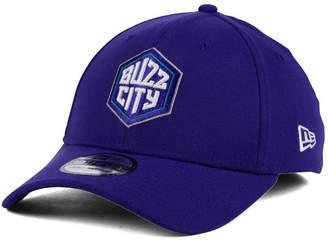 3c3d403bf3a New Era Charlotte Hornets Team Classic 39THIRTY Cap