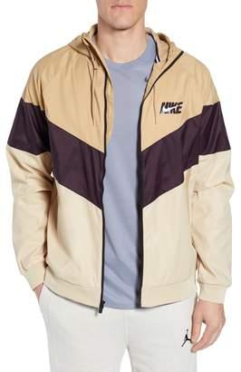 Nike Windrunner Wind & Water Repellent Hooded Jacket