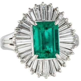 Ring Platinum Emerald & Diamond Cocktail