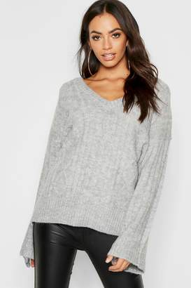 boohoo Loose Fit V Neck Cable Jumper