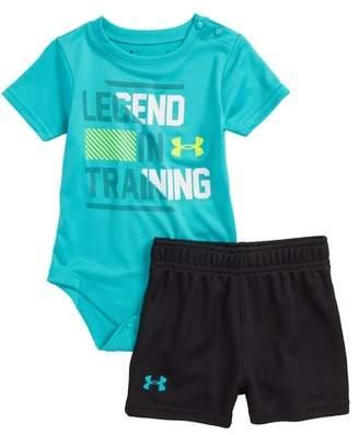 Under Armour Legend in Training T-Shirt & Shorts Set