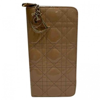 Christian Dior Beige Patent leather Wallets