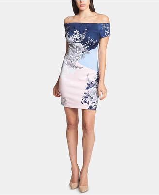 e0d6b4a97d9 GUESS Printed Off-The-Shoulder Dress
