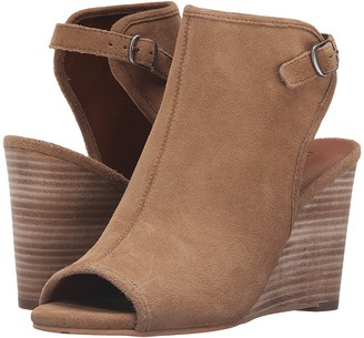 Lucky Brand Risza $109 thestylecure.com