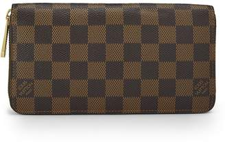 Banana Republic Luxe Finds | Louis Vuitton Damier Ebene Zippy Wallet