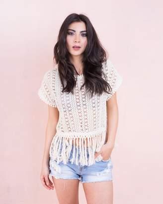 3055243edcd643 Missy Empire Missyempire Emila Cream Crochet Tassel Top