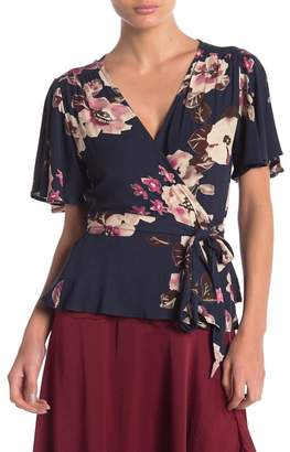 Love Stitch Floral Wrap Short Sleeve Top