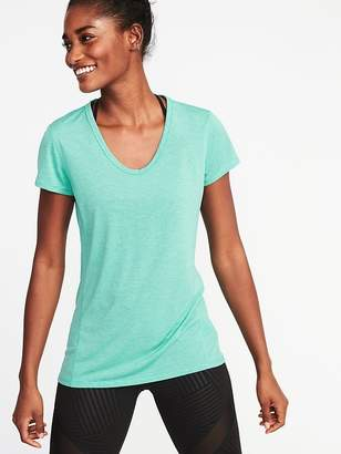 Old Navy Semi-Fitted Performance Tee for Women