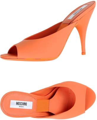 Moschino Pumps